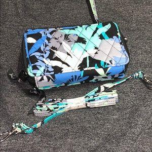 Vera Bradley Accessories - Vera Bradley wallet/wristlet